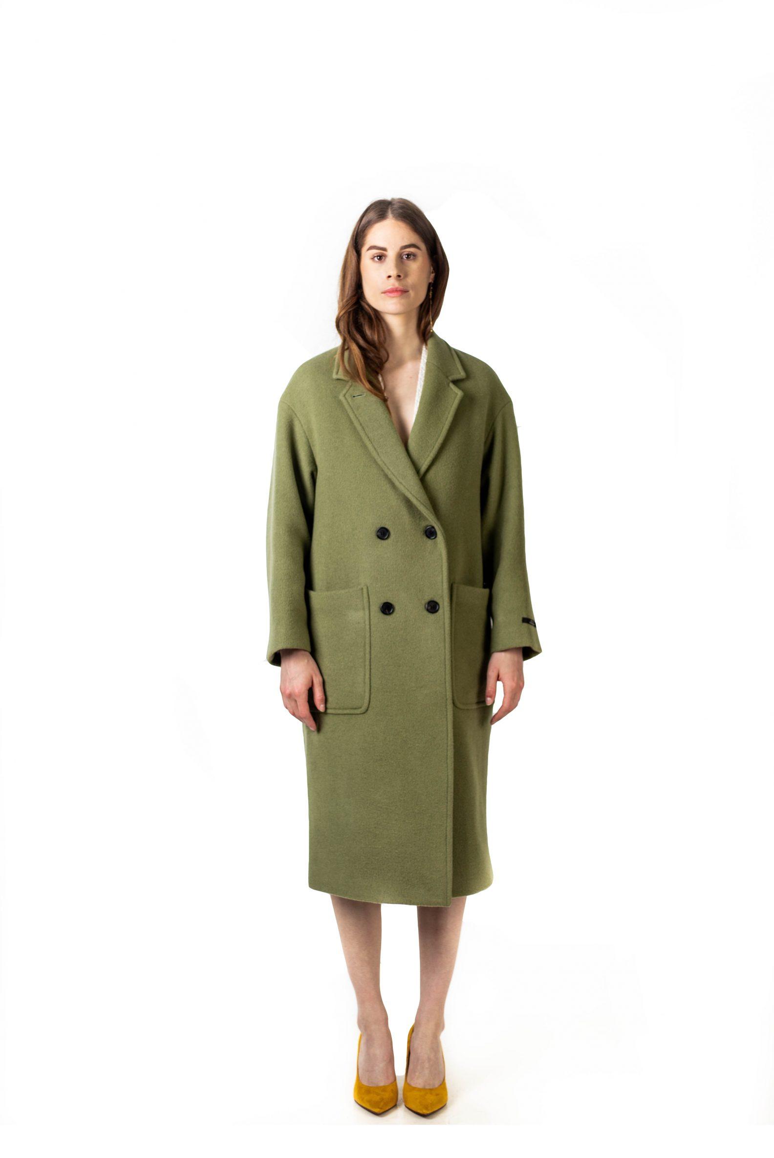 2-manteau-croise-oversize-laine-affaires-etrangeres-paris-mode-coreenne-besides-kimchi-lookast