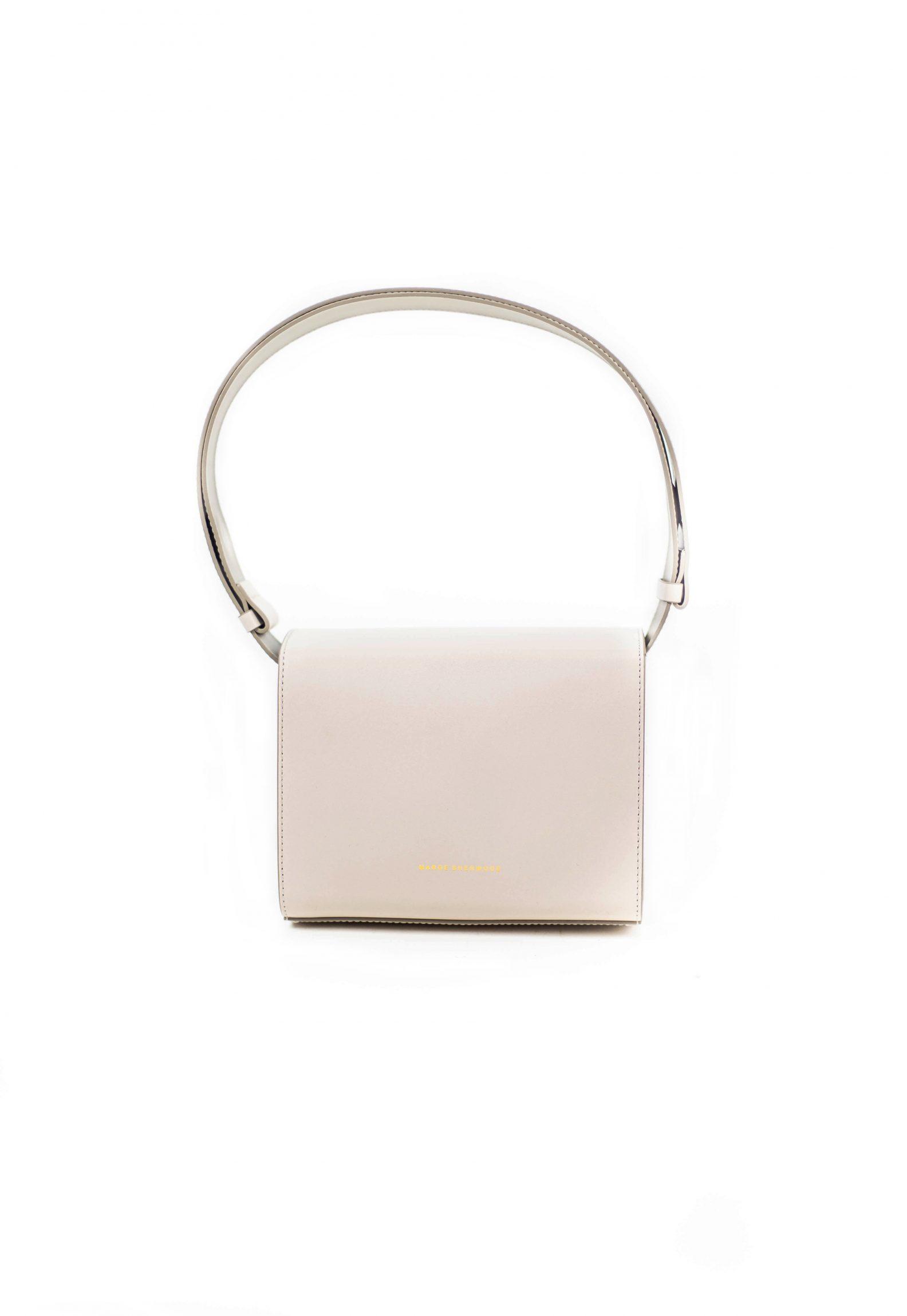 3-sac-cuir-rabat-gris-clair-affaires-etrangeres-paris-mode-coreenne-besides-kimchi-jpg ;
