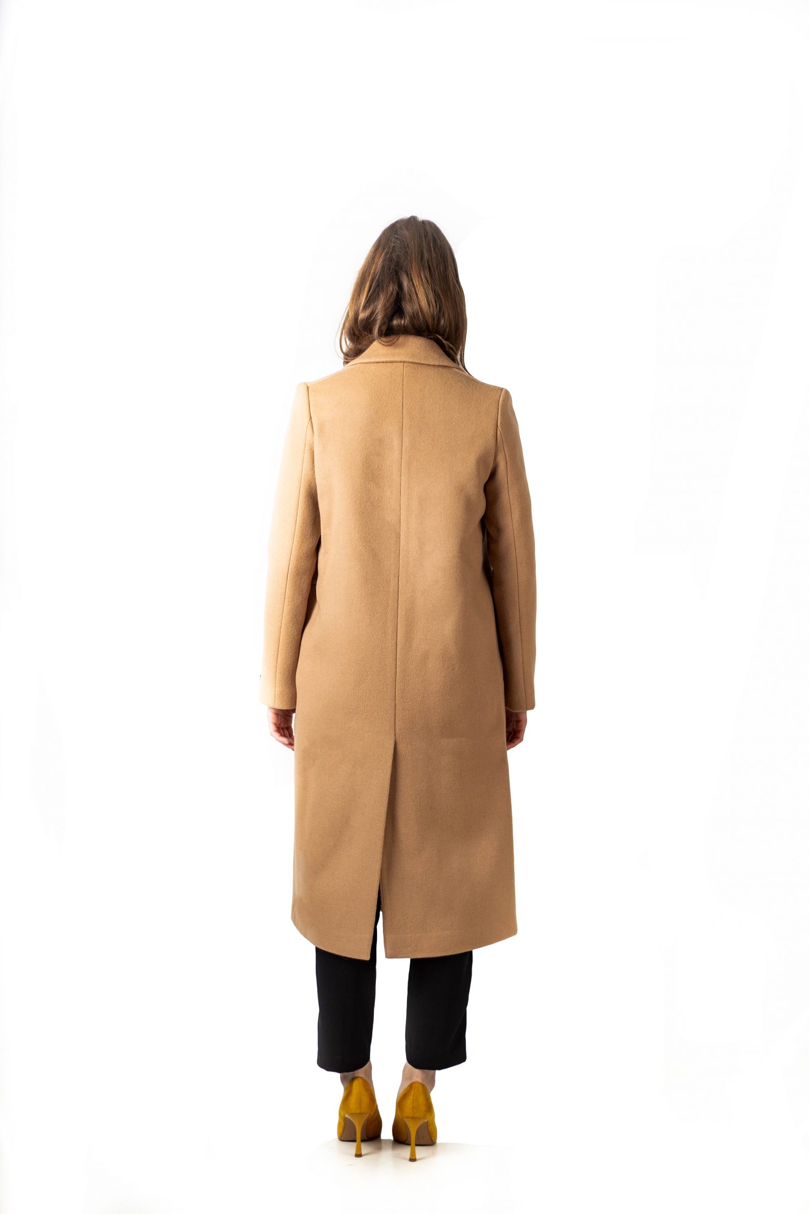 4-2-manteau-long-laine-affaires-etrangeres-paris-mode-coreenne-lookast