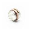 Bague en argent avec anneau en spirale