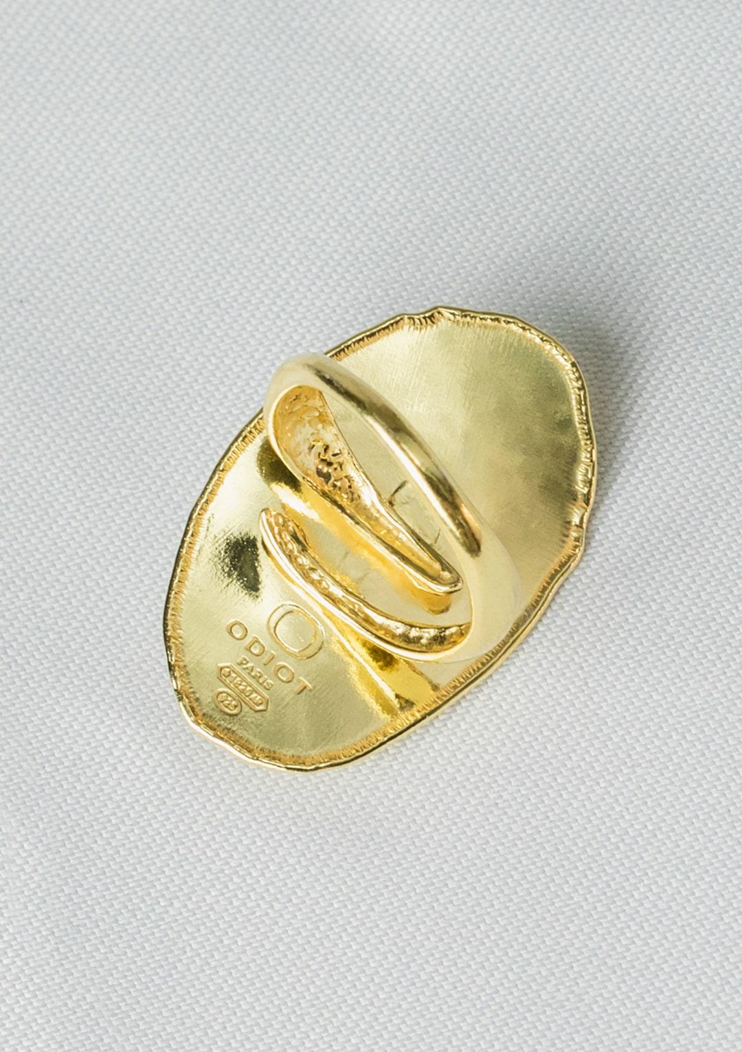 Bague réglable I cabochon d'Agate noire I argent massif doré à l'or 18 carats I Elliade Paris I vue arrière I Label AÉ Paris
