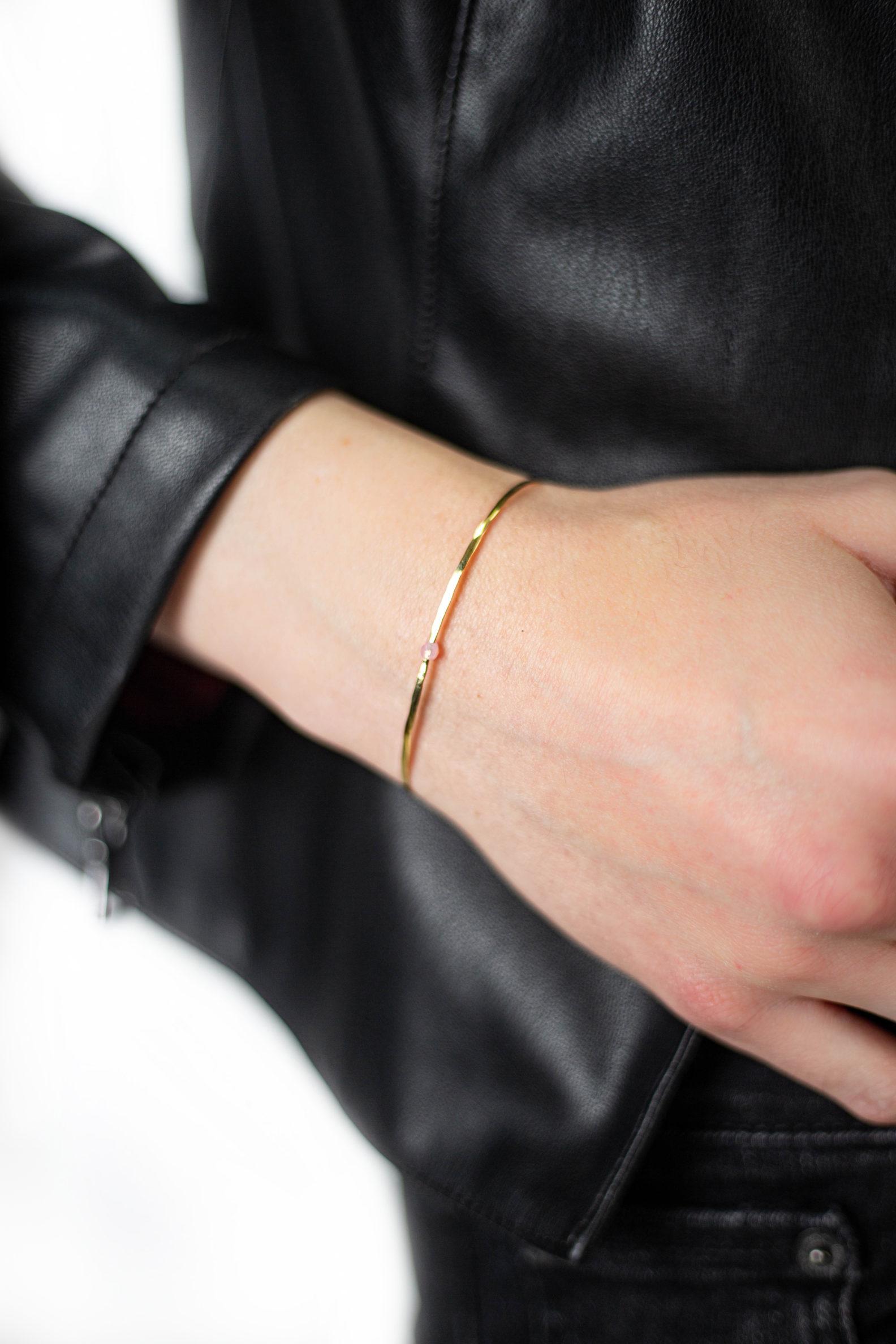 bracelet-laiton-martele-laetitia-piffeteau-affaires-etrangeres-perle