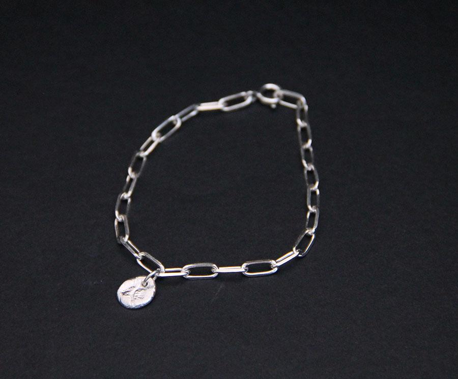 Bracelet et pastille Pelé I argent I 9Pensées I vue en détail I Label AÉ