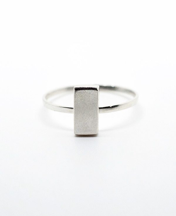 Bague Bauhaus Vertical-Bauhaus Vertical ring-davila-affaires-etrangeres-bague-argent-minimaliste-brut