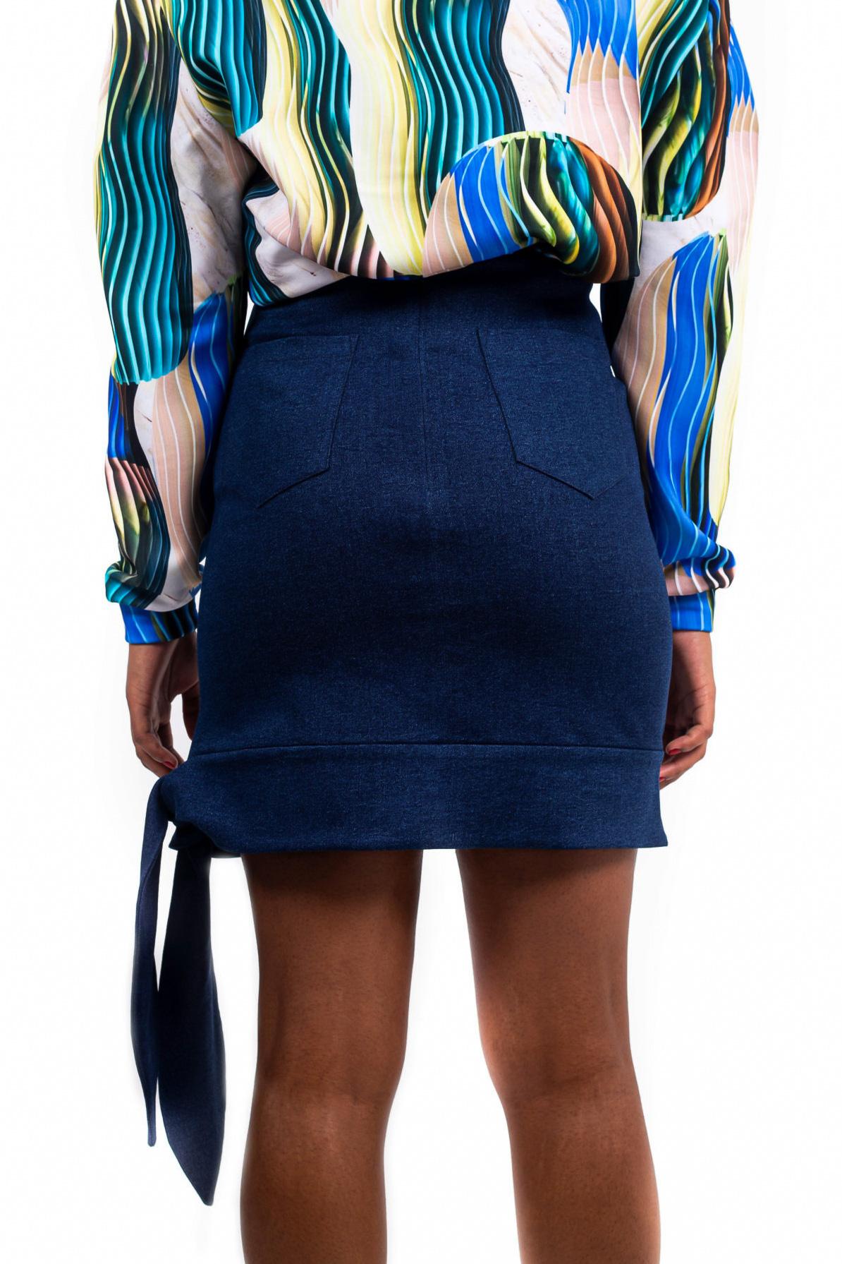 Mini jupe taille haute – Bleu foncé – Vue de dos | Label AÉ