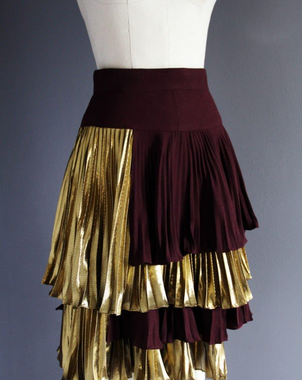 jupe-a-volants-laine-soie-metallique-metal-silk-wool-skirt-frills-mode-internationale-new-york-patrick-cupid-affaires-etrangeres