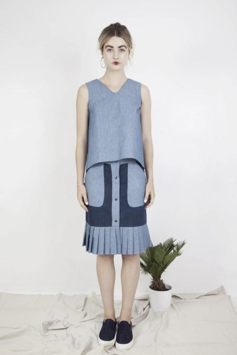 Jupe midi bicolore et plis – Deux couleurs de bleus – Vue de face | Label AÉ
