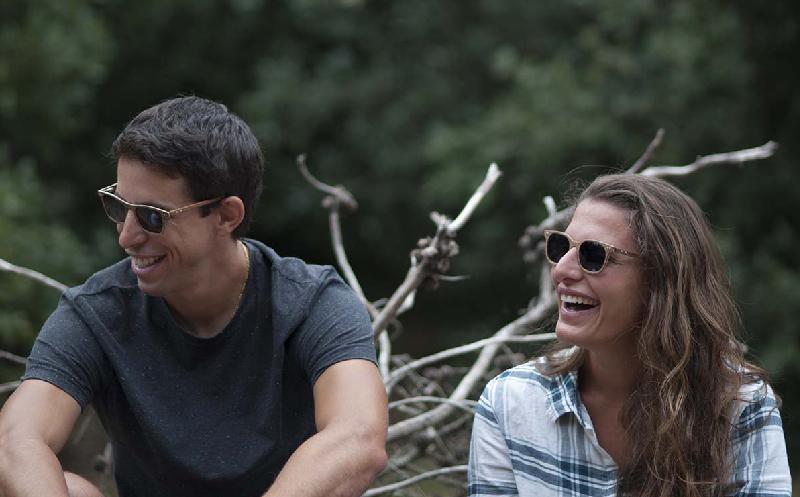 Les lunettes de soleil, entre mode et engagement