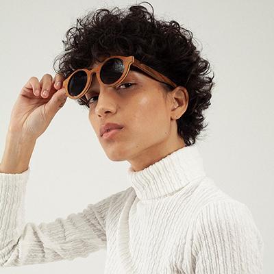 lunettes de soleil en bois wood light