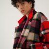 Manteau long en laine à carreaux rouges personnalisabe du créateur Tremblepierre - 2