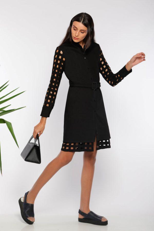 Robe chemise ajourée I En denim noir et coton I Anissa Aïda I Vue en mouvement I Label AÉ Paris