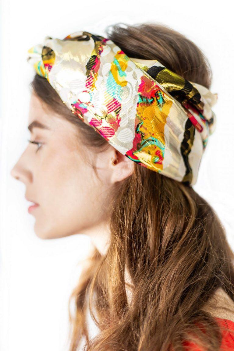 Écharpe pour femme 100% soie de la marque éthique ARMANCE & APOLLINE.